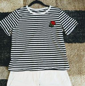 Tops - Striped shirt 🌹